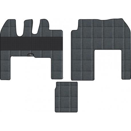 Tapis  sur mesure  pour poids lourds Renault MAGNUM  base passager 35 cm de large